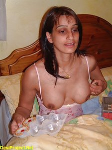 The Beauty of Amateur Pregnant Indian MILF