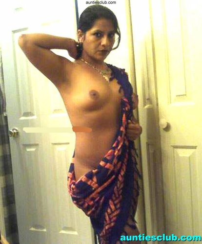 South Hot Mallu Aunty Big Tits Nude Photo