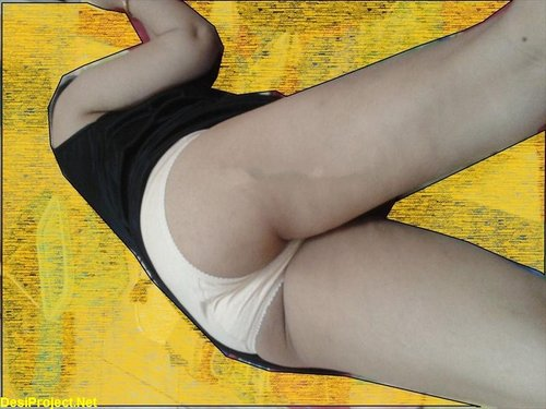 Paki Karachi Sexy Wife Sadia Nude